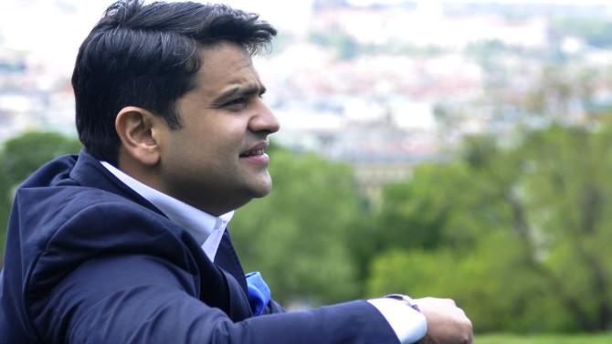 Debashish Chaudhuri, Indian conductor